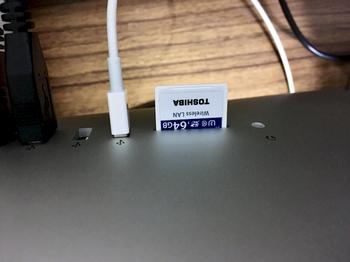 iMacのSDメモリーカードスロット.jpeg